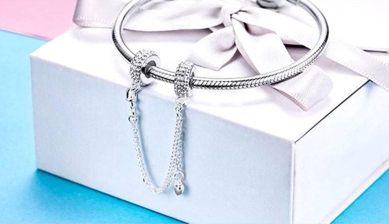 Charm Bracelets: Jewelry Full of Memories