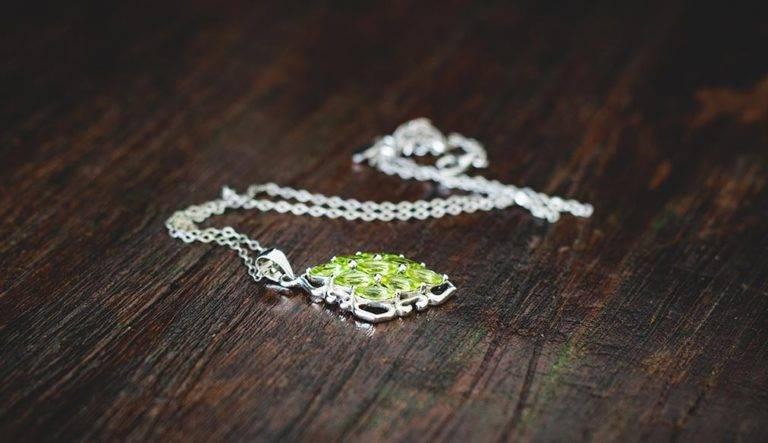 Jewelry Addicts Peridot Gemstone Fabulous Kiwi Green Wonder https://jwlraddicts.com/peridot-gemstone-fabulous-kiwi-green-wonder/